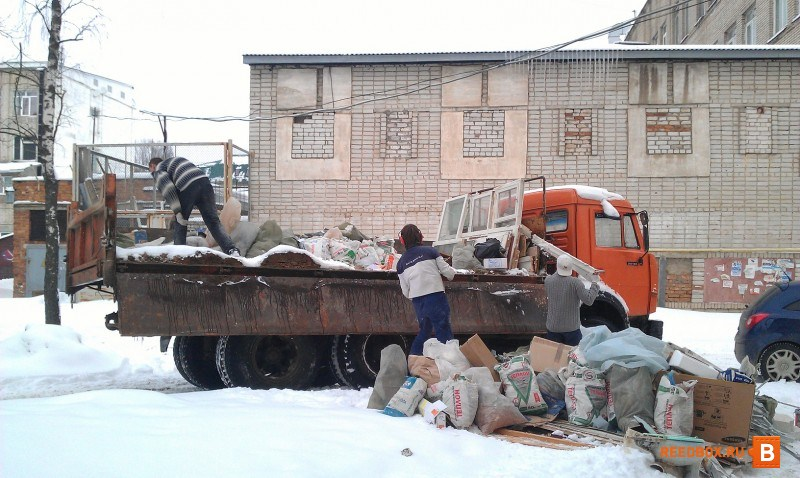 вывоз мусора газель недорого