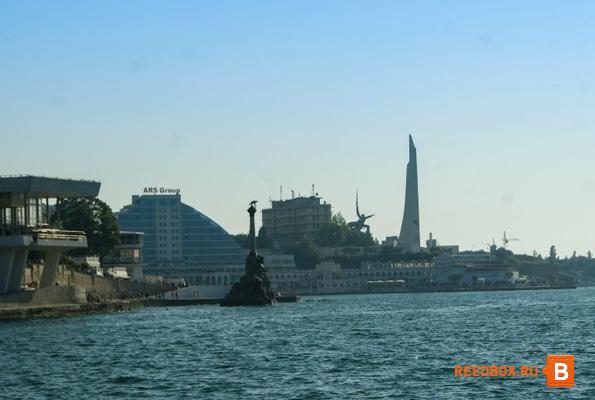 морская прогулка с грифской пристани