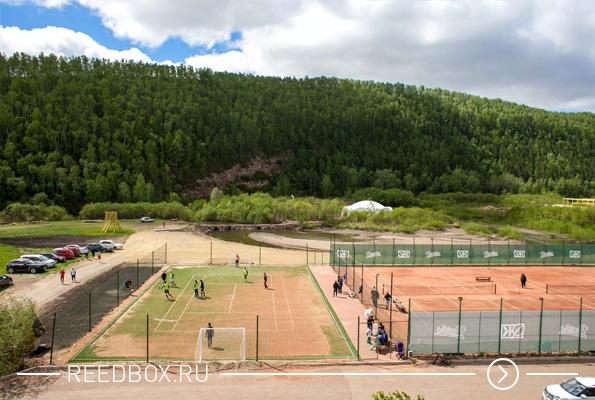 Спортивная площадка на базе отдыха Дрокино Парк
