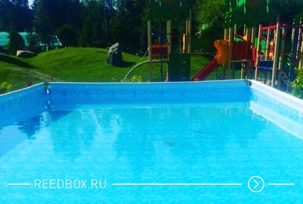 Открытый летний бассейн в парке Прищепка, Ветлужанка в Красноярске